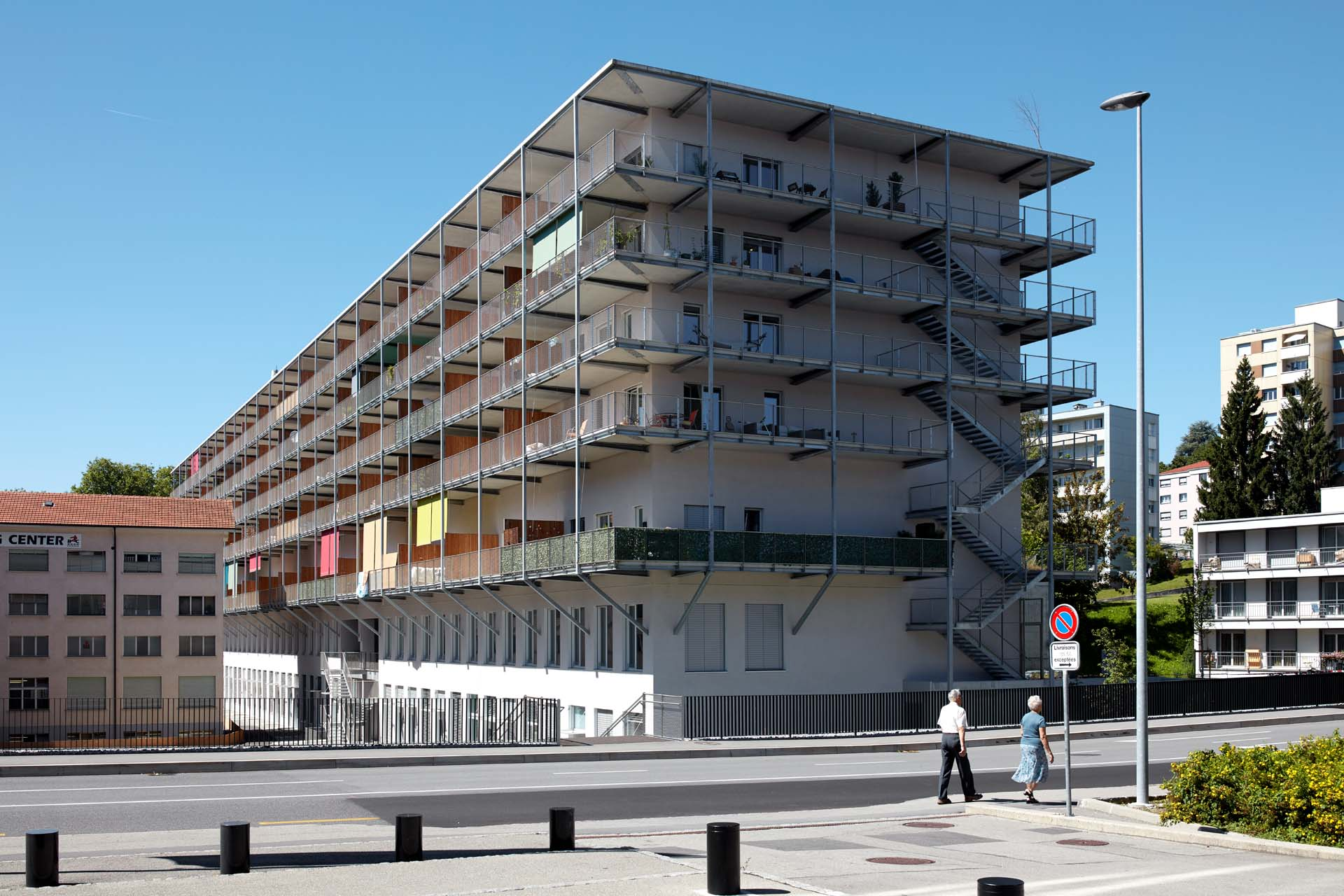 Apartment block in Fribourg, secured with webnet