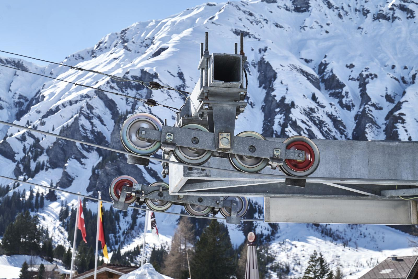 Cable cars and skilift ropes in Adelboden by Jakob Rope Systems
